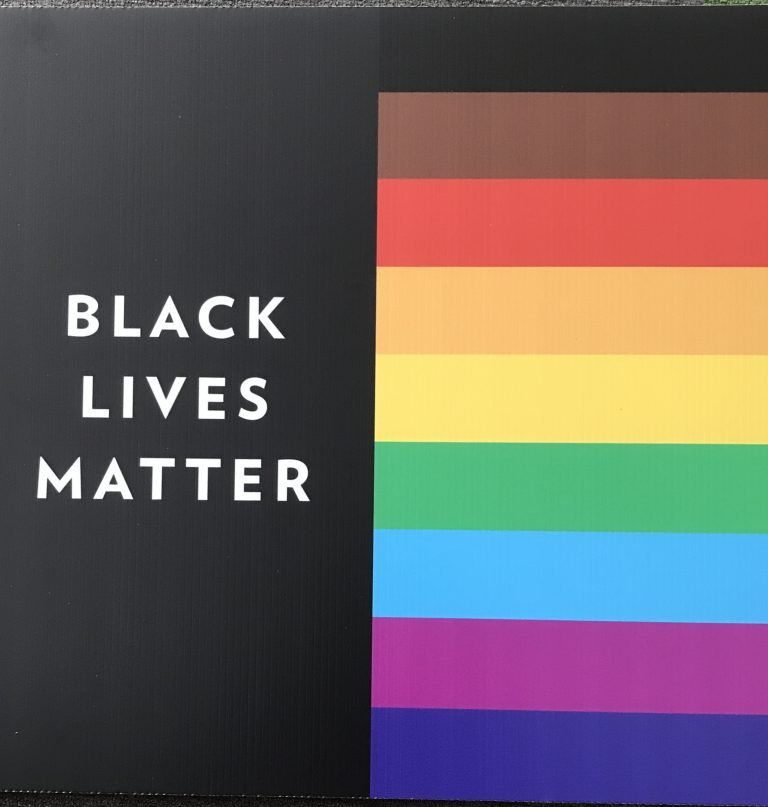 Black Lives Matter with 9-color-rainbow colors.
